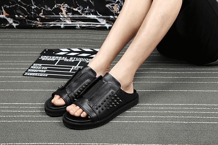 Summer Mens Leather Flat Black Sandals OpenToe Sandals  Fashion Rivet Europe Summer Men Breathable Leather Slippers