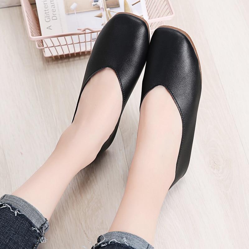 Image 3 - STQ Autumn Women Flats Genuine Leather Shoes Ladies Loafers Slip on Platform Shoes Female Walking Boats Shoes Female YY618Womens Flats   -