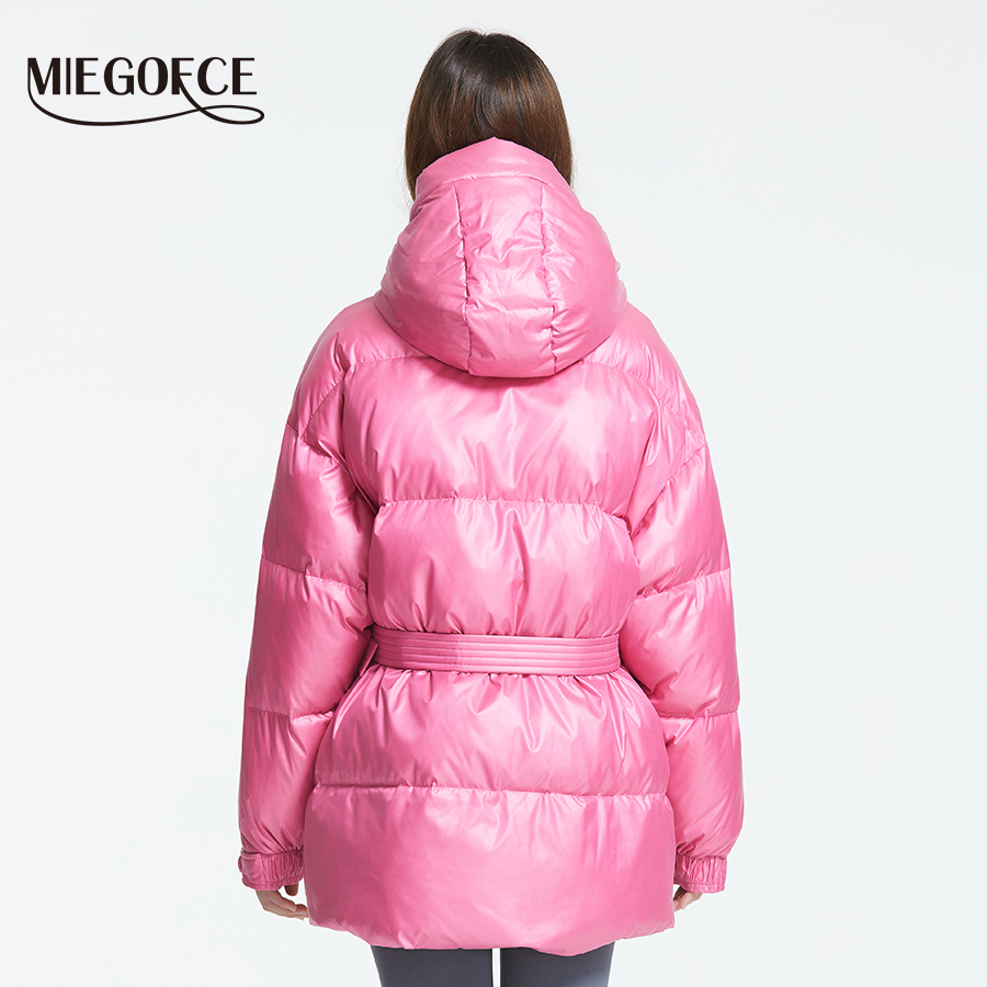 MIEGOFCE 2019 Новая зимняя женская куртка высокое качество яркие расцветки утепленные дутые куртки стойкий воротник с капюшоном Куртка утепленн... - 4