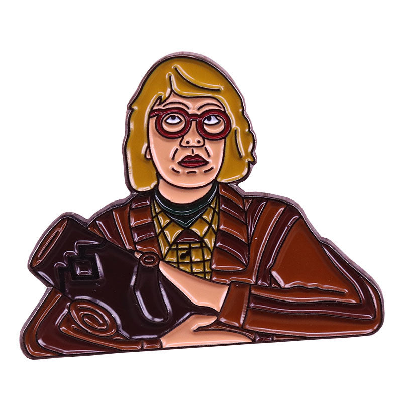Log lady badge twin peaks collar pin David Lynch brooch movie fans gift coat backpack art accessories image