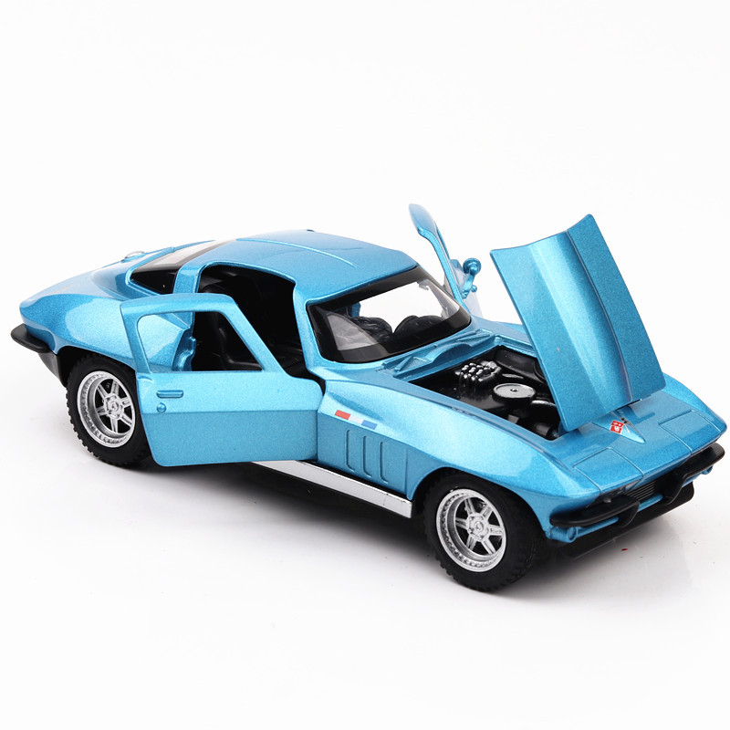 Diecast Model Muscle Car Corvet 1:32 Metal Alloy High Simulation Cars Lights Boys Toys Vehicles Gifts for Kids Children image
