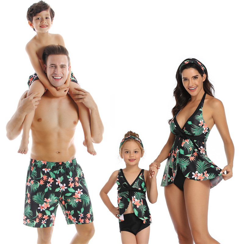 Family Matching Swimwear Floral Printed Matching Swimsuit Mom Daughter Dad And Son Swimming Trunks Family Look