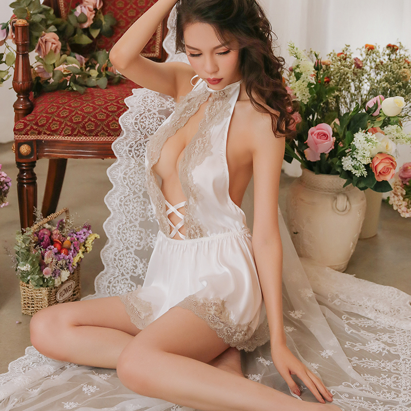 Sexy Mousse Women Sleep Wear Sexy Lace Backless Short Dress Night Young Girl Deep V Night Gowns Thong Sets Satin New Lolita