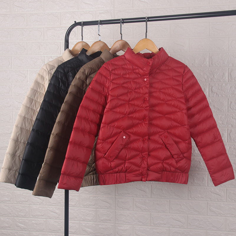 Down   Jackets Woman Short Fund Bai Yarong Self-cultivation Show Thin And Small Height Stand Lead Loose   Coat   Back Season