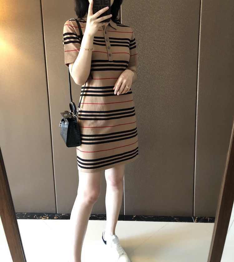 Mùa Hè 2020 Hàn Quốc Nữ Sọc Miếng Dán Cường Lực Áo Len Polo Áo Ngắn Tay Midi Đầm Tshirt Quần Áo Bé Gái Vestidos