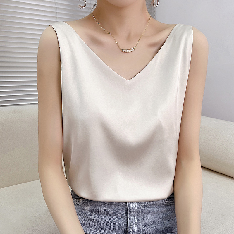 Summer Shiny Satin Silk Tshirt Women Harajuku T Shirt Women Sleeveless Fashion T-shirt Woman Tee Tops Casual Female Luxury Sexy