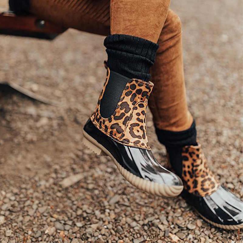 Kadın su geçirmez Glitter leopar yağmur çizmeleri kadın Bling Lace Up artı boyutu bileğe kadar bot düşük topuk platformu moda ayakkabılar bayanlar