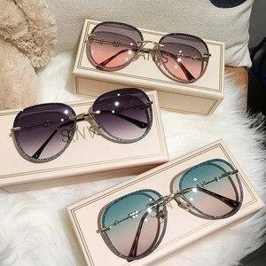 2020 New Diamond Sunglasses Female Imitation Rhinestones Gradient Color UV400 Women Sunglasses