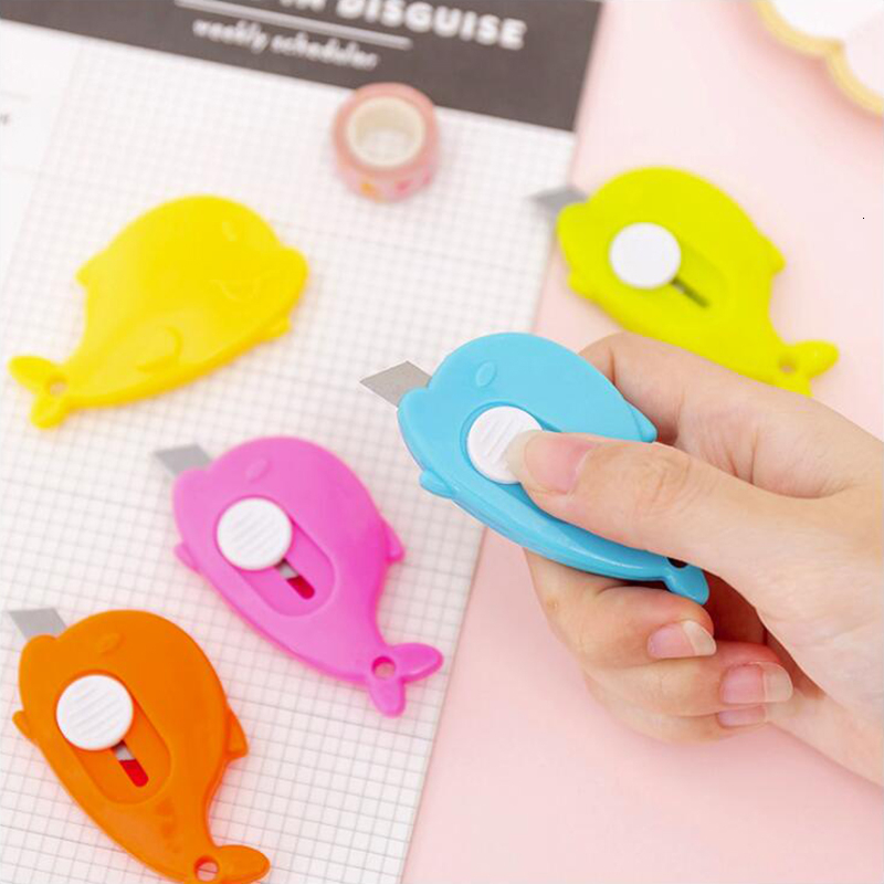 Color Whale Shape Small Utility Knife Letter Paper Open Knife DIY Office Stationery And School Supplies 1PCS