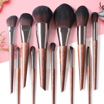 1pcs Beauty Princess Series Eye Face Makeup Brush European Vintage Eyeshadow Smudge Foundation Loose Powder Blush