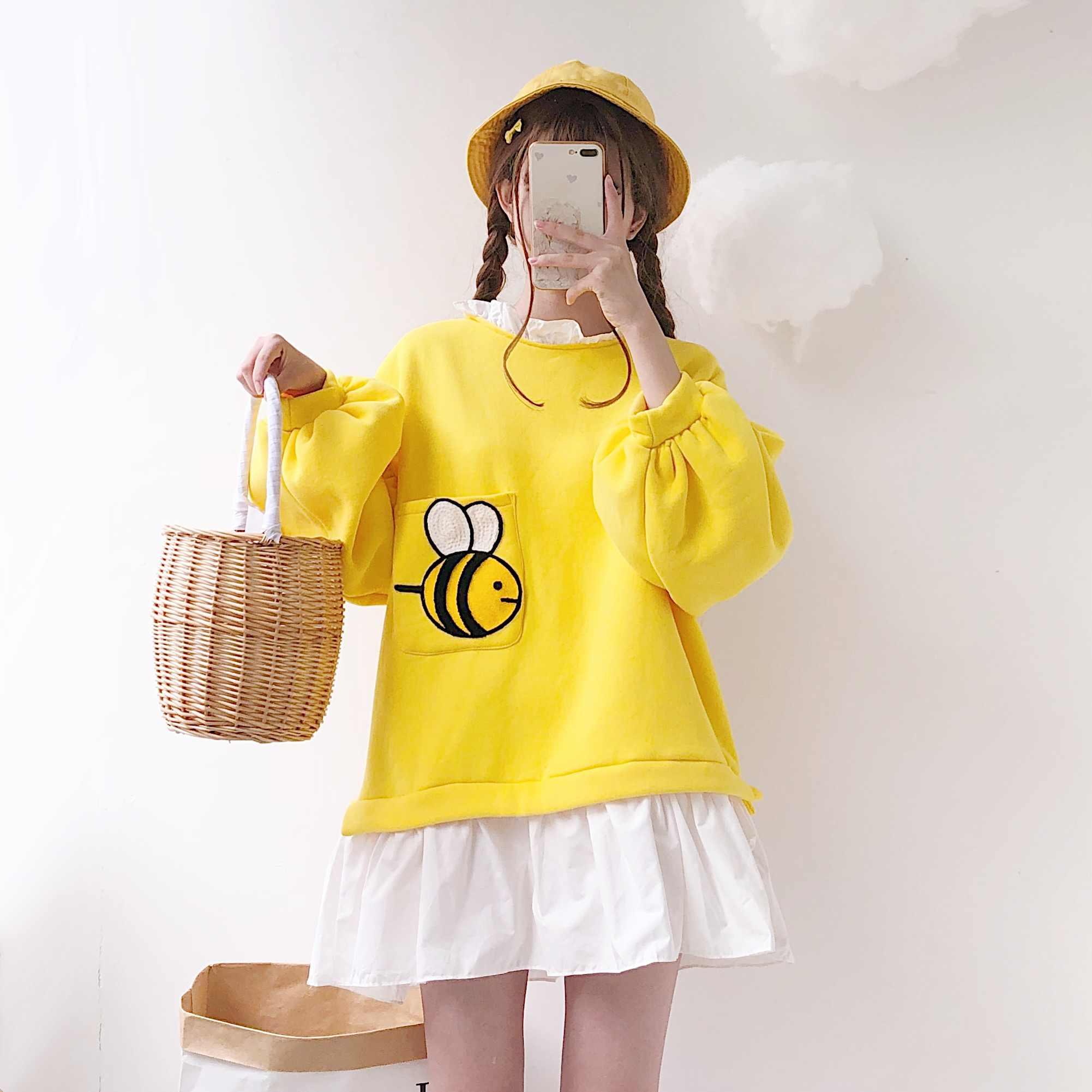 가을과 겨울 일본 부드러운 소녀 달콤하고 귀여운 자수 가짜 두 느슨한 풀오버 플러스 벨벳 스웨터 드레스 여학생