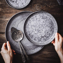 Retro Iron Plate Handcrafted Round Vintage Antique Wrought Storage Serving Iron Craft Lace Tray for Home Decor Church Wedding