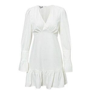 Image 5 - Женское модное белое короткое платье Conmoto с V образным вырезом, Осень зима 2019, Шикарное облегающее мини платье с расклешенным длинным рукавом для вечерние, платья