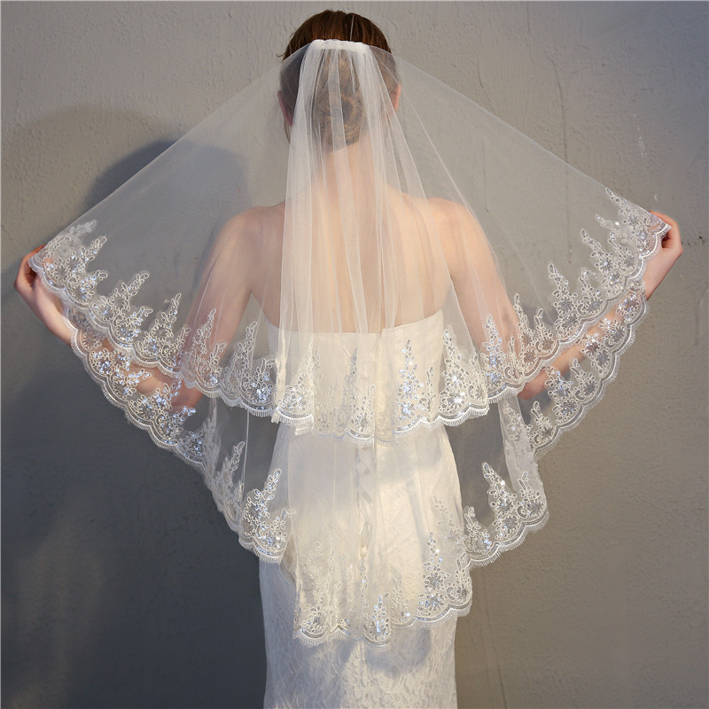 Two-Layer Women Short Wedding Veil Sequined Embroidered Glitter Silver Wire Floral Applique Lace Trim Bridal Mesh Veil With Comb
