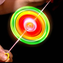 Креативный флеш тянуть горячая линия огонь колеса Световой свисток
