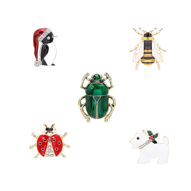 snowman elk  gifts box  gloves penguin Santa pins brooches enamel cartoon red hat merry christmas brooch party christmas gifts 3