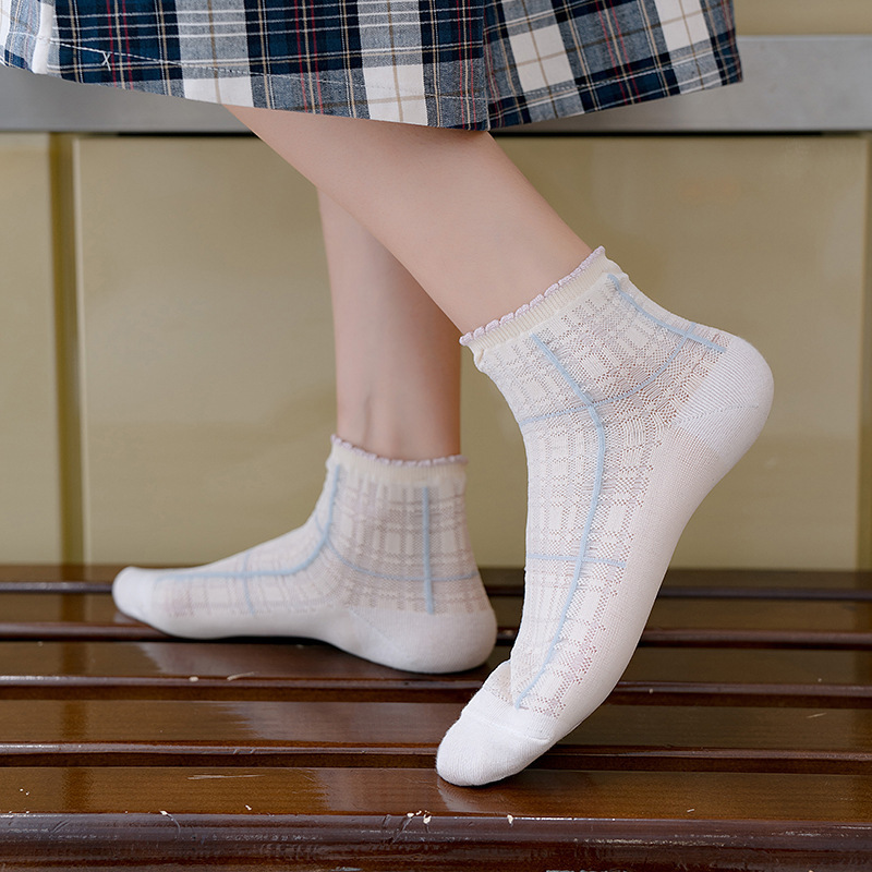 Women's Fashion Socks 2020 New Color Long Thin Ankle Socks Women Breathable Plaid Transparent Korea Style Women Socks