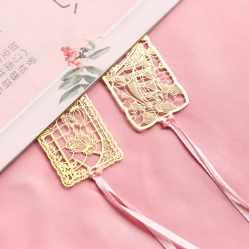 1 Pieces Classic Famous Place Bookmark Stationery School Supplies Metal Bookmarks For Books Markers Holder School Cute Gift