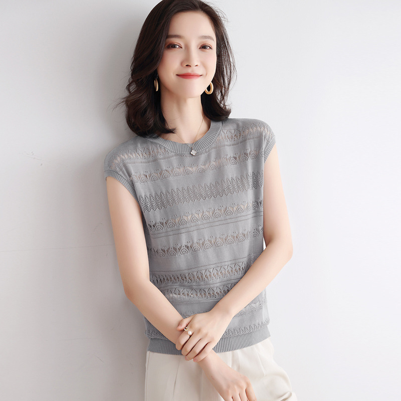 Women's Round Neck Hollow Solid Color Casual Knitted Short Sleeve Bottoming Shirt Gray