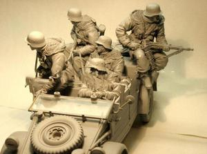 1/16 Scale Assembly Resin Figure Kit Soldiers(no car)(China)