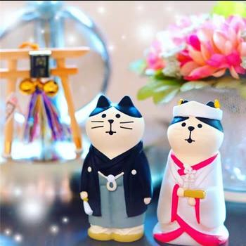 Cute Cartoon Cat Groom Bride Design Miniature Doll Car Cafe Home Desktop Decor Cute Doll Model For Office Home Decoration Toys image