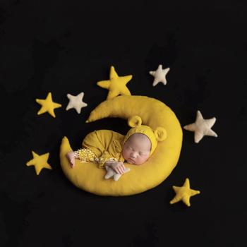 Noworodka pozowanie rekwizyty księżyc i gwiazdy ręcznie szyte wypełniacze tkaniny miękkie przewijać tło nadziewarka gwiazdy i księżyc rekwizyty fotograficzne dla dzieci tanie i dobre opinie Unisex W wieku 0-6m CN (pochodzenie)