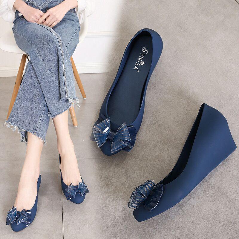 EOEODOIT Spring Summer Jelly Shoes Knot Wedges Heel 4.5 CM Med Heel Women Pumps Rain Shoes Pointed Toe Slip On Summer Sandals