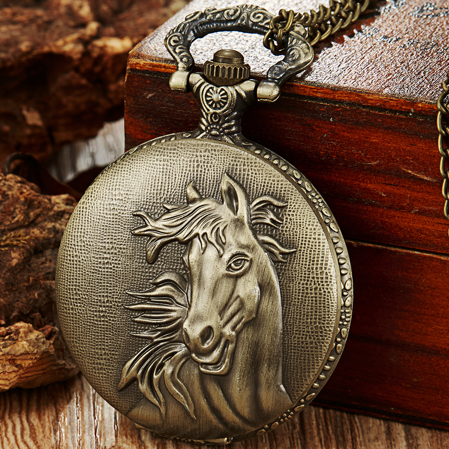 Retro Pocket Watch Horses Laser Engraved Fob Watch Chain Necklace Mens Flip Bronze Watch Hour Quartz Clock For Men Women Gifts