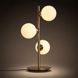 Skandynawska minimalistyczna sztuka molekularna lampa stołowa romantyczna sypialnia kreatywna metalowa szklana kula nocna kawiarnia studium oświetlenie Led