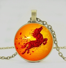 2019 / hot fashion fire horse pattern round pendant necklace, men and women wear jewelry necklace horse of fire