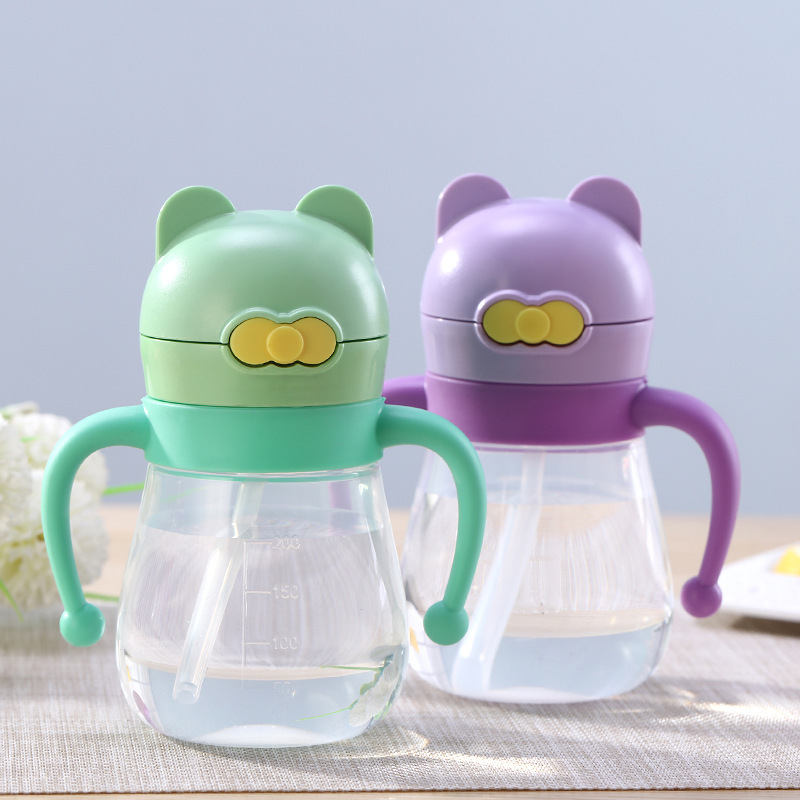 2018 New Style Cartoon PP Plastic Handle Children Cup With Straw Children Suction Cup Infant Leak-Proof Sippy Cup Kettle