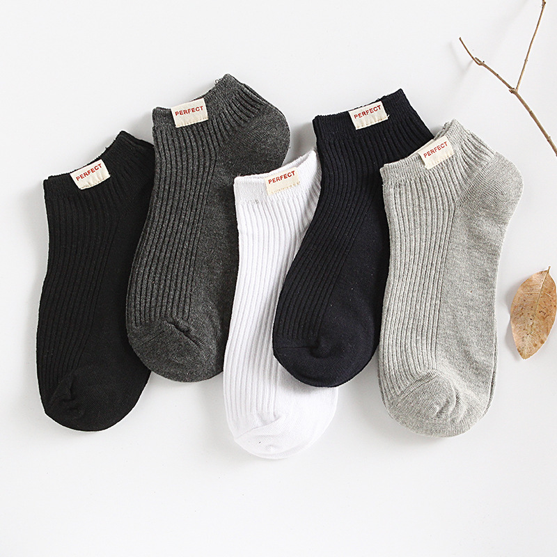 Solid Cotton Men Ankle Socks Summer Fashion Breathable High Quality Male Boat Socks No Show Short Business White Black Socks