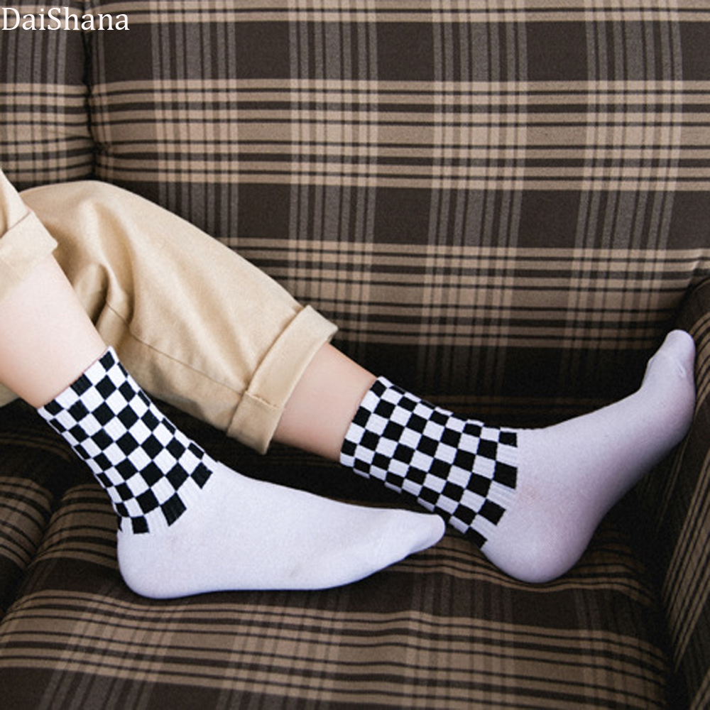 Women's Novelty White and Black Squares Skateboard Socks Harajuku Checkerboard Hiphop Socks Sox Long Socks Mujer Calzini Donna.