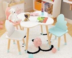 Бесплатная дос Schönen kindes Studie Tisch mit Stühle Kindergarten Spiele Tisch Einfache Installation Kid Esstisch Lernen Schreibtisch