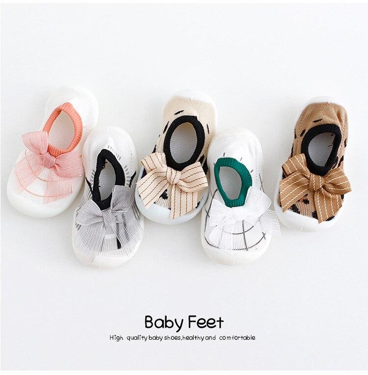 Обувь принцессы с мягкой подошвой для маленьких девочек; Обувь для начинающих ходить с бантом; Модная летняя обувь для малышей; Обувь для но...
