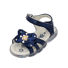 The little princess sandals of 2020, girls' sandals with bright lights, stylish and comfortable girls' sandals stylish women s sandals with flowers and black colour design