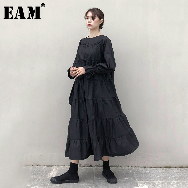 [EAM] Women Black Pleated Split Temperament Cake Dress New Round Neck Long Sleeve Loose Fit Fashion Spring Autumn 2020 1N534