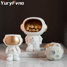 Yuryfvna astronauta criativo estatueta estátua ornamento de armazenamento moderno sala estar armário vinho desktop decoração spaceman dos desenhos animados