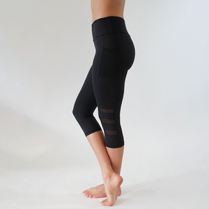 Image 4 - 2018 שחור סקסי כושר ספורט קאפרי מכנסיים נשים גבוהה מותן אלסטי רשת צועד מכנסיים עם כיס קצוצים מכנסיים