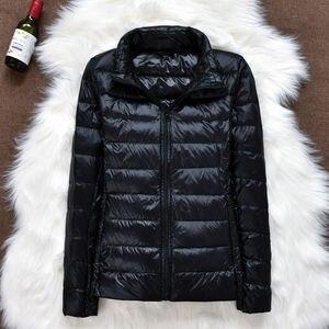 Image 4 - 2019 marke kleidung Frauen warme winter 90% Weiße ente unten jacke/Super licht dünne Parka Weibliche Ultra Licht Unten mantel Kurze Tops
