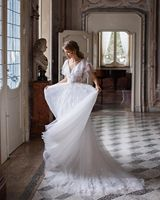 Vivian's Bridal Boho Sweet Top Ruffle Wedding Dress 2019 Lovely Lace up Lace Appliques Sweep Train Tulle Fluffy Bridal Dress