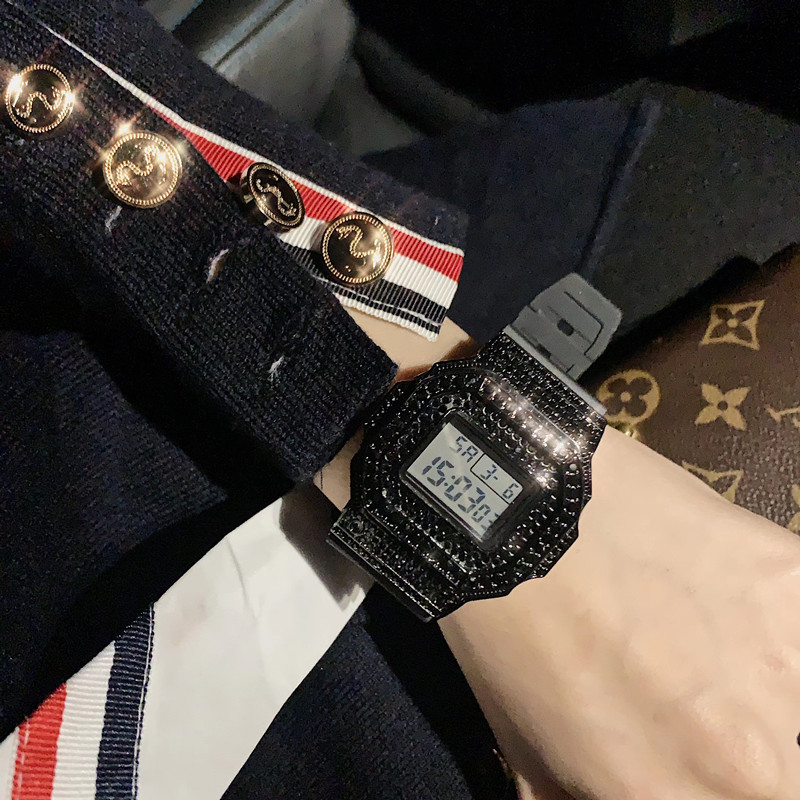 Cool Full Black Crystals Watches For Men New Sporty Fashion Brand Square Wrist Watch Waterproof Rubber Digital LED Watch Unisex