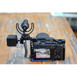 Image 4 - UURig R021 ogólna klatka operatorska Rig podwójna gorąca zimna stopka Mic uchwyt uniwersalny do Sony Nikon Canon akcesoria do lustrzanek cyfrowych