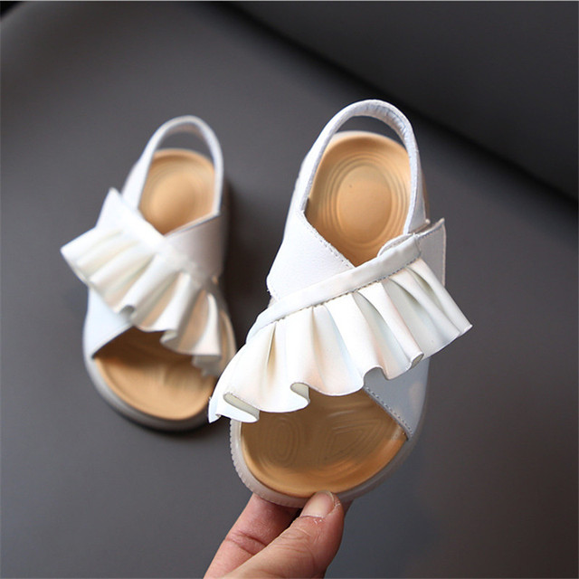 Sandal Ruffles Anak  1