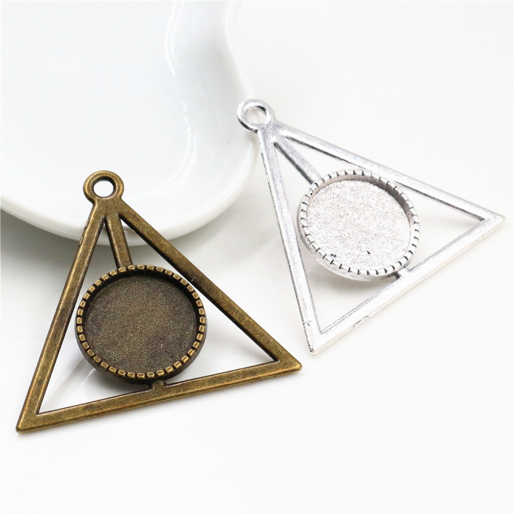 10pcs 16mm Inner Size Antique Bronze Silver Plated Triangle Style Cabochon Base Cameo Setting Charms Pendant