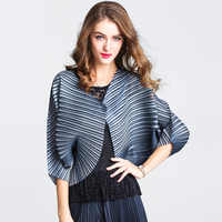 LANMREM Spring and summer new women's coat large size loose batwing sleeve single button small short coat striped loose YJ445