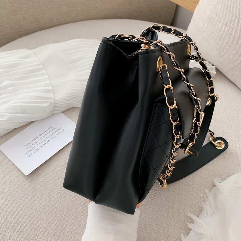 Fashion Designer Tote Bags For Women 2019 Luxury PU Leather Large Capacity Shoulder Bag Female Diamond Lattice Casual Tote Black in Shoulder Bags from Luggage Bags