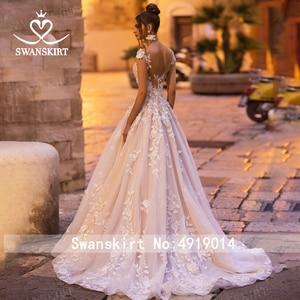 Image 2 - אופנה אפליקציות חתונת שמלת Swanskirt N131 מתוקה אונליין גב פתוח נסיכת כלה שמלת משפט רכבת vestido דה noiva