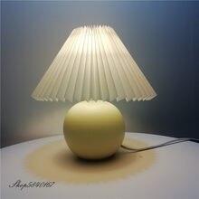 Coreano plissado lâmpada de mesa ins diy lâmpadas de mesa cerâmica para sala estar decoração casa bonito lâmpada com tricolor lâmpada led ao lado da lâmpada