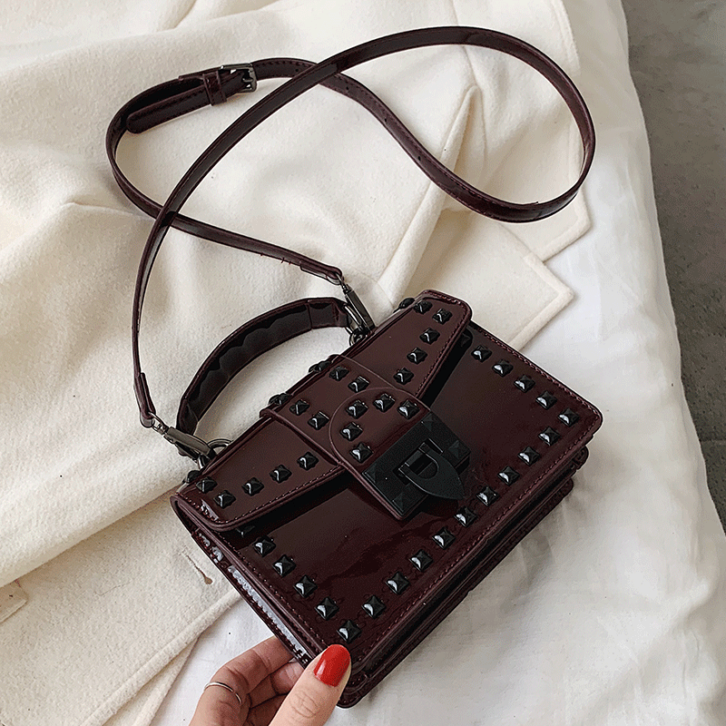 2020 Patent Leather Crossbody Bags For Women Travel Handbag Chain Fashion Rivet Lock Small Shoulder Messenger Bags Female Flaps